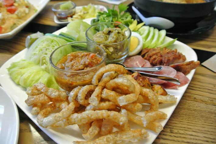 泰国北部菜-泰式炸猪皮