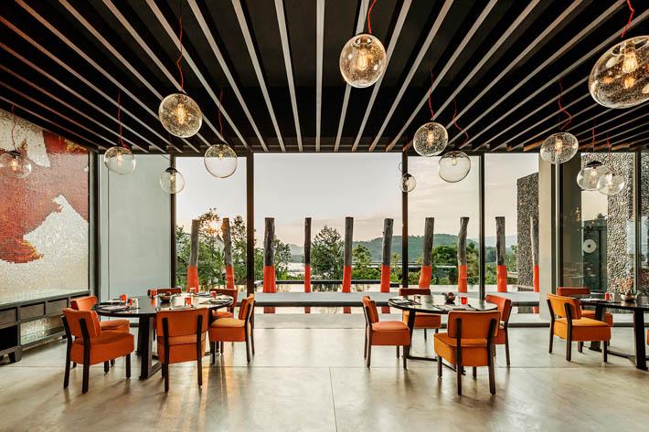 COMO Point Yamu酒店Nahmyaa餐厅