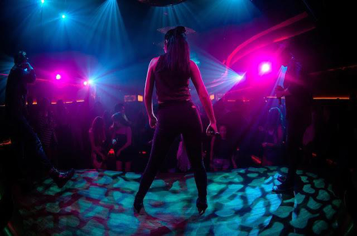 泰国的夜店的舞者