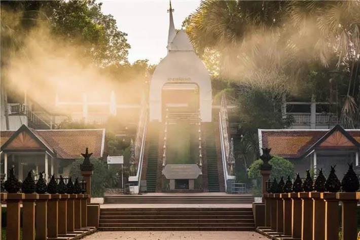 两国和平纪念塔(Prathat Sri Song Rak)