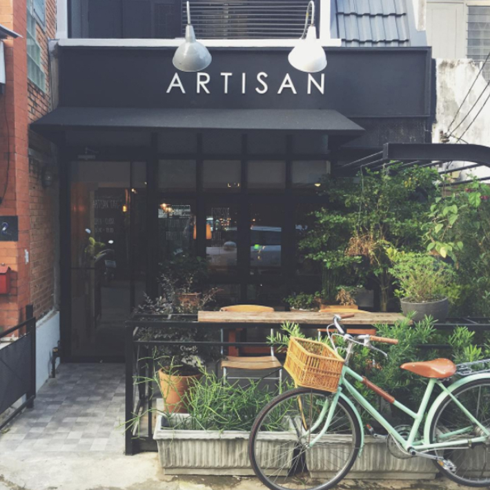 清迈Artisan Cafe at YMCA & Wua Lai咖啡店全攻略