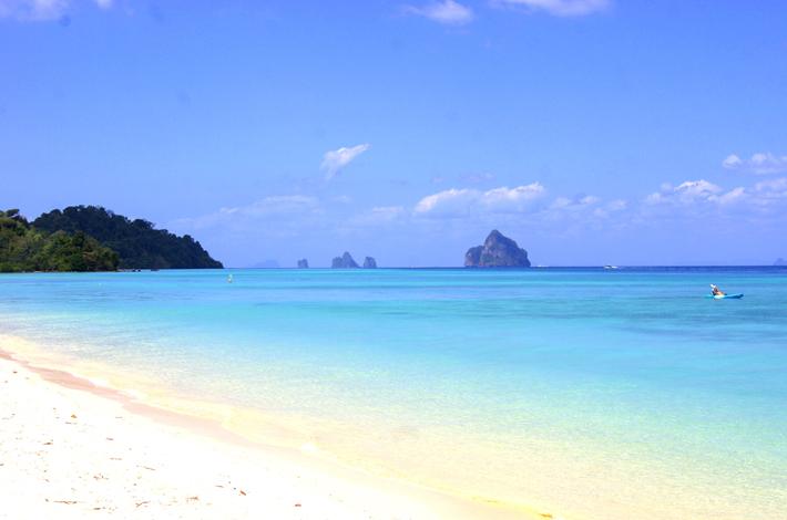 董里群岛的白沙滩