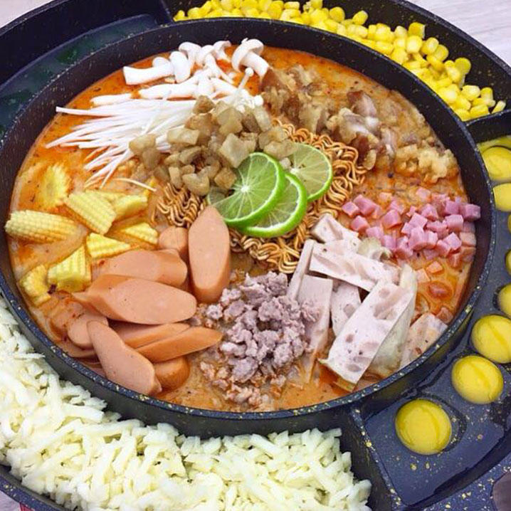 Sansab,泰国人创造的泡面飞碟大餐