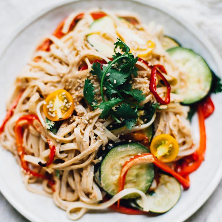 泰式炒河粉和芒果糯米饭的做法