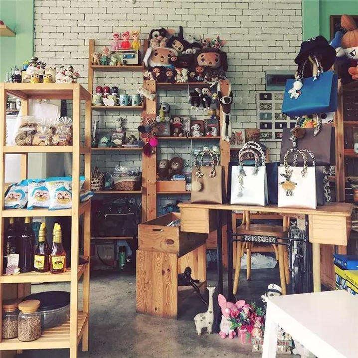 普吉镇3家走混搭风的咖啡甜品店