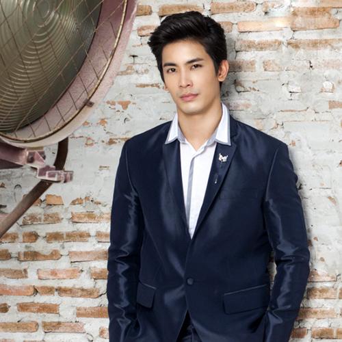 泰国男明星Son