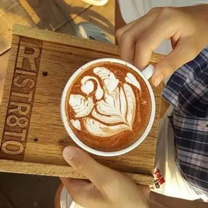 在清迈有些地方,咖啡店拼的是颜值