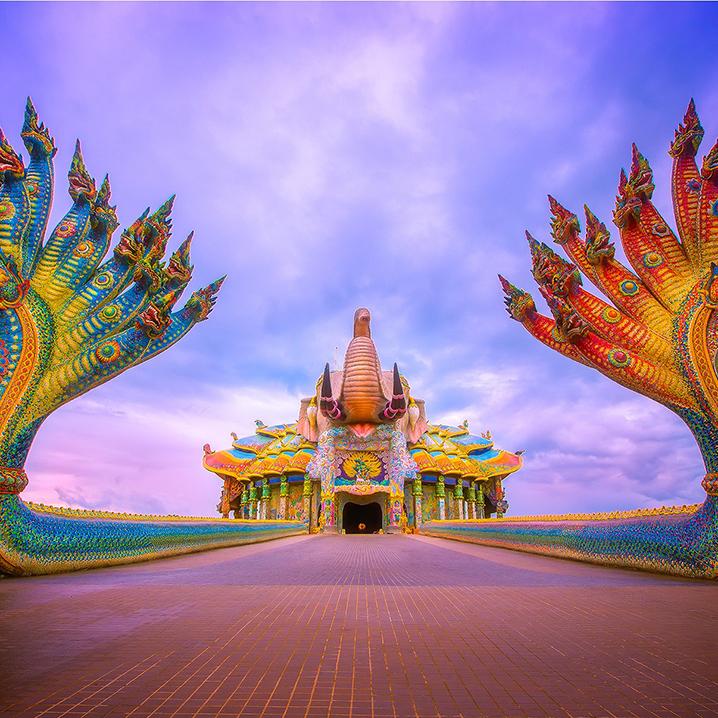 呵叻府彩象寺Wat Ban Rai,泰北令人叹为观止的奇景