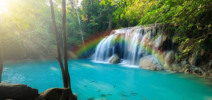 北碧府爱侣湾瀑布(Erawan Waterfall),绝美的彩色七层瀑布