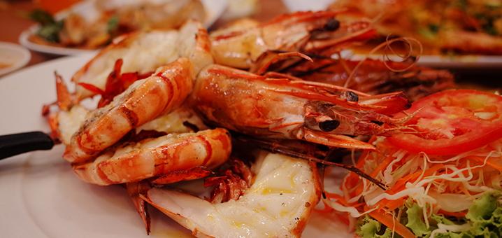 甲米周末夜市,怎能错过这个满是美味海鲜的夜市?