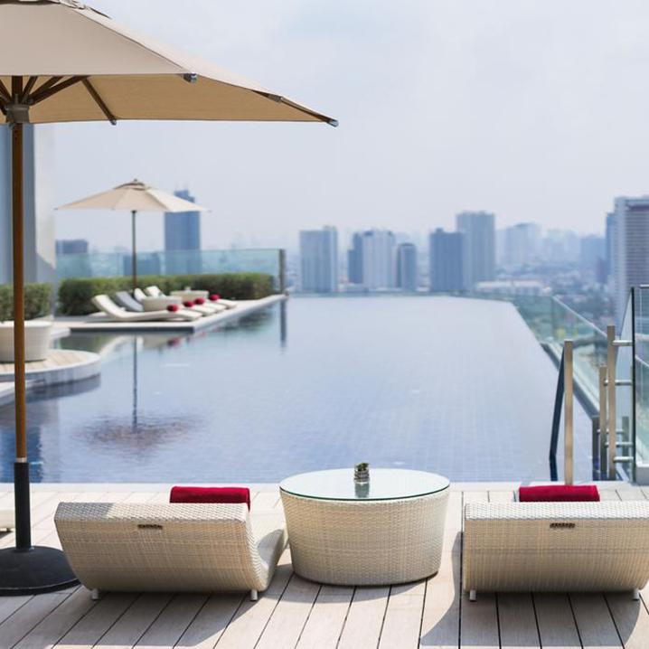 曼谷这些自带无边泳池的酒店,每一家都值得来体验