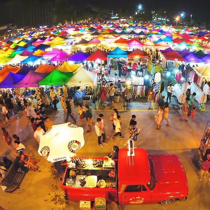 Srinakarin Rod Fai Night Market,解锁曼谷隐藏的老火车夜市