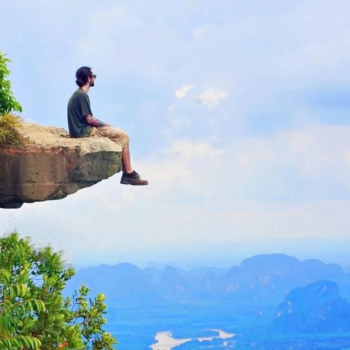 甲米Tab Kak Hang Nak Hill悬石,顶级旅游装逼圣地