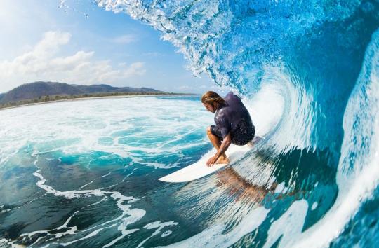 普吉岛冲浪