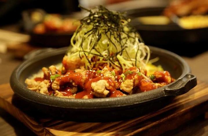 曼谷的韩国芝士排骨James Cheese餐厅