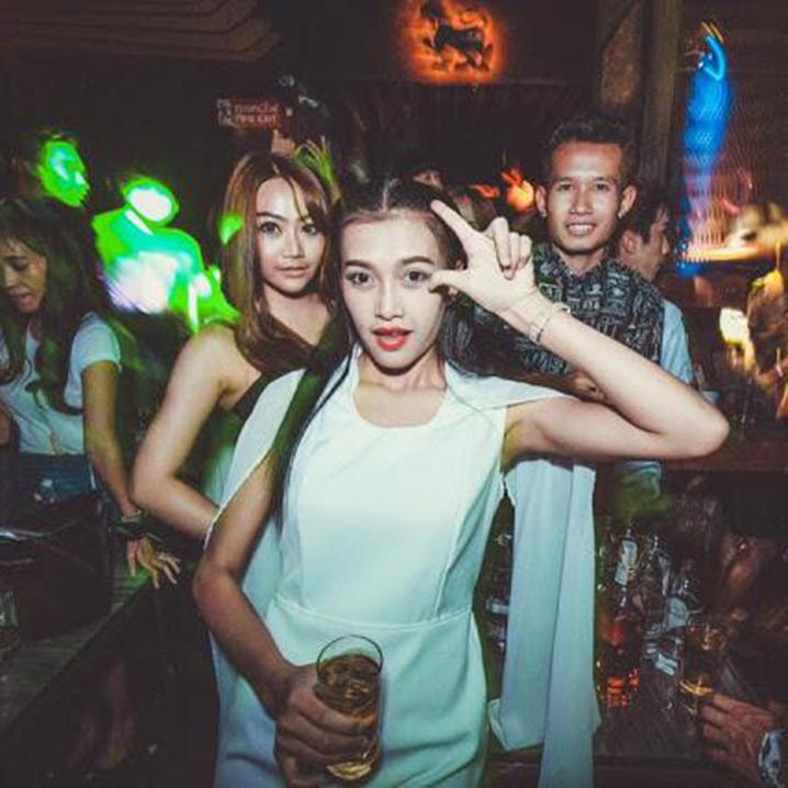 在曼谷芭提雅普吉啤酒吧如何撩妹?