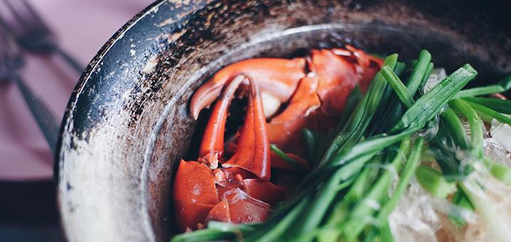 超人气曼谷大排档Somsak Pu Ob,王者级别的粉丝蟹煲你尝过吗