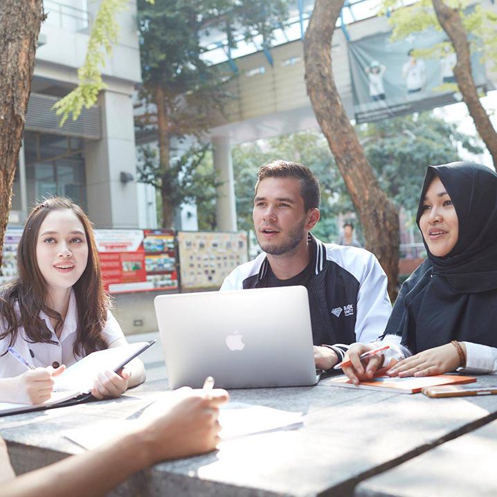 泰国留学择校的时候,需考虑的因素有哪些?
