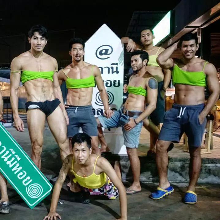 曼谷STANEEMEEHOI餐厅,这家店的猛男服务员会让人胃口大增