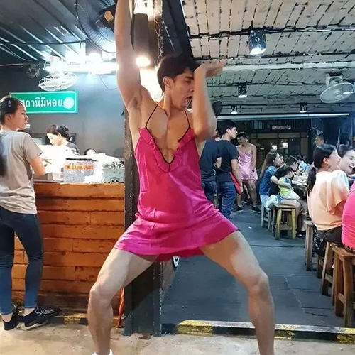 盘点几家泰国帅哥餐厅,肌肉猛男、奶油小鲜肉统统都有!