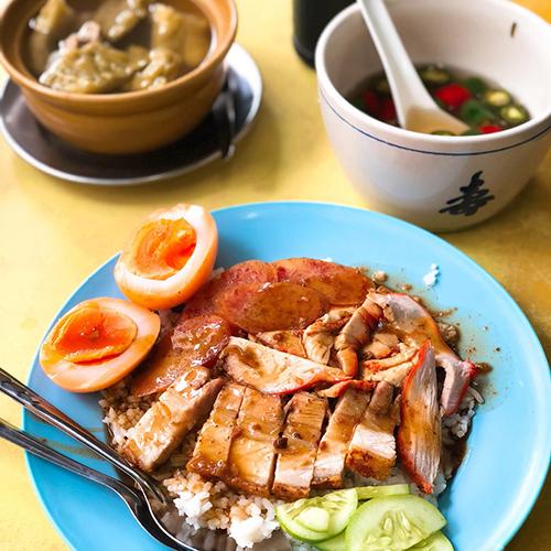 曼谷唐人街翡翠叉烧店Si Morakot,一家开了70年的老店