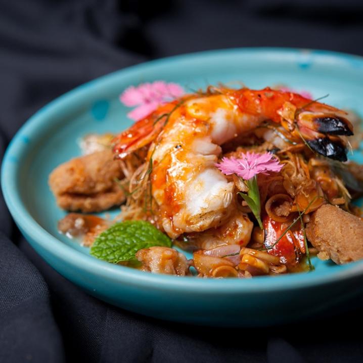 泰国楠府乡村美食的味道