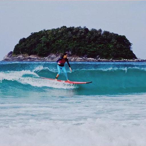 普吉岛冲浪体验,新手小白的半日冲浪之旅