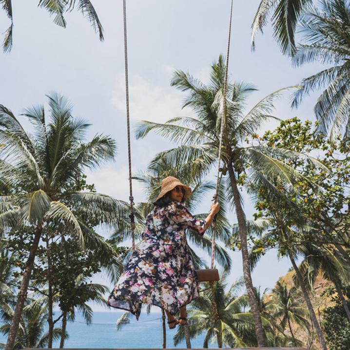 普吉岛niu beach海景大树秋千,探寻神秘沙滩上的巴厘岛秋千