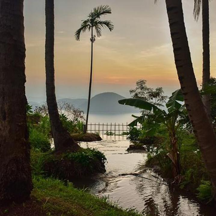 北碧府Srinakarin大坝最佳观景台,山上来露营吧!