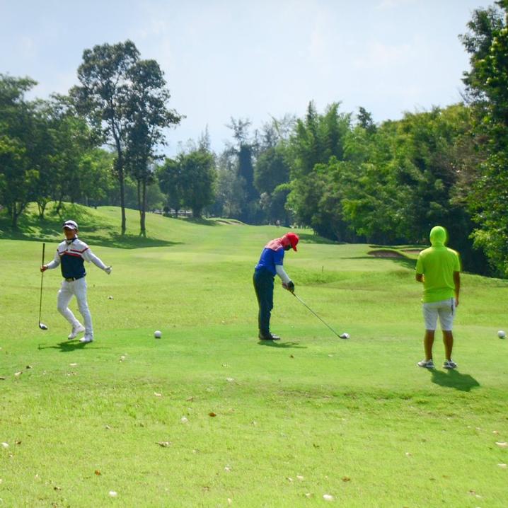 在清迈,高尔夫才不是贵族运动