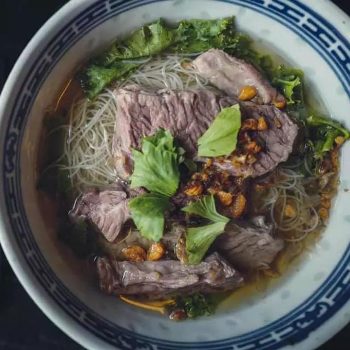 曼谷喝汤吃肉嗦粉指南