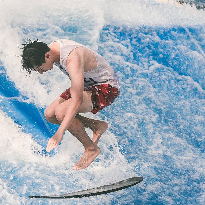曼谷室内攀岩、室内冲浪...那些又好玩又能锻炼的好地方