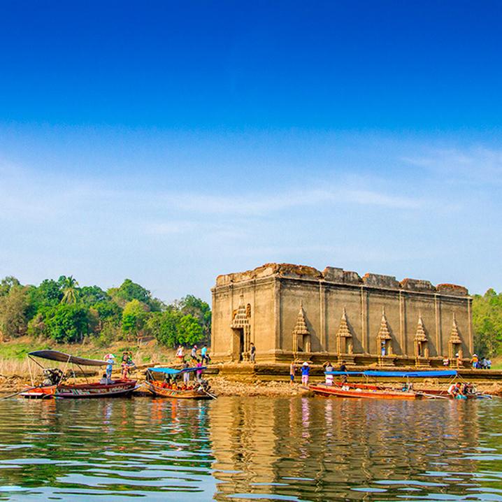 泰国北碧府最神秘的水中寺庙Wat Tai Nam,一年仅两个月可见