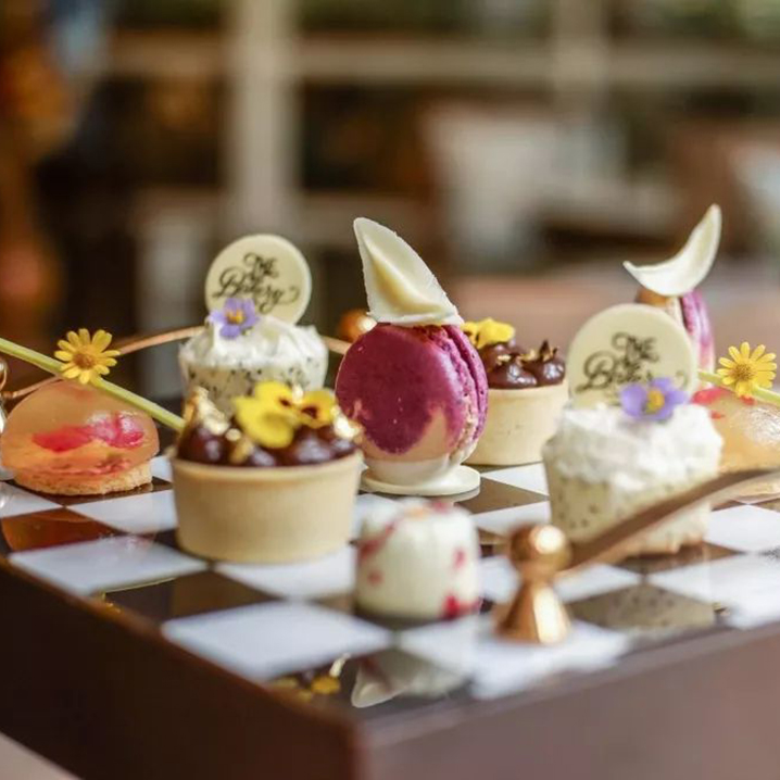 曼谷首家棋盘与花咖啡厅The Bakery,为公主打造的梦幻下午茶