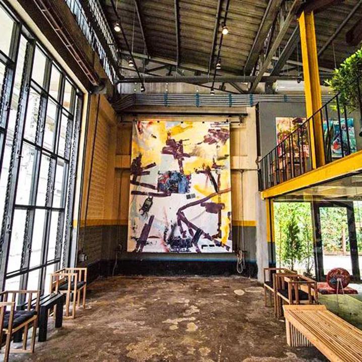 曼谷河畔文青艺术空间Yelo,那一抹骚亮的黄色