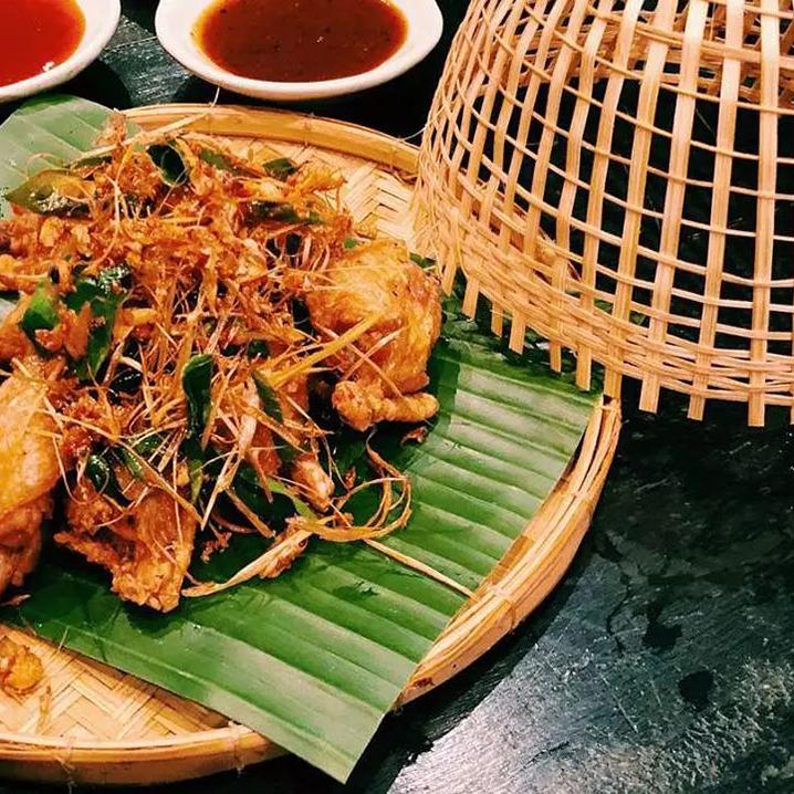 在曼谷湄南河畔,像当地人一样愉快逛吃