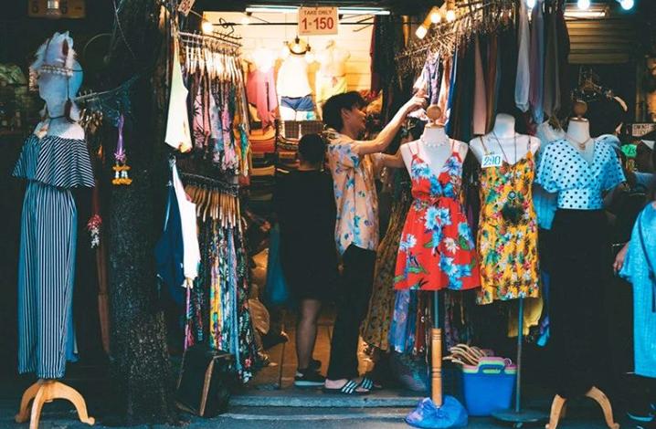 在曼谷周末市场疯狂买买买,逛吃逛吃的一天!