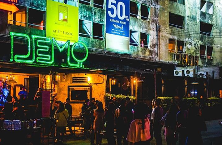 去曼谷夜店蹦最野的迪,做最浪的崽~
